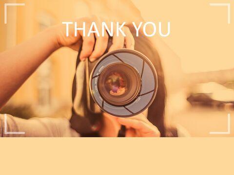 무료 Google 슬라이드 배경 - 사진을 찍는 여자_03