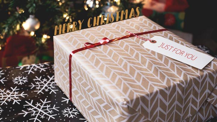 Christmas Tag Mockup Slides_02