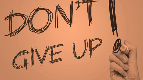 Never give up_04
